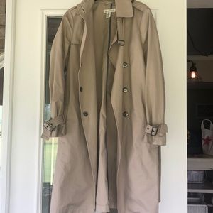 trench coat from h&m size 6